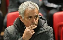 """""""Thượng tầng"""" Man Utd họp khẩn về tương lai Mourinho"""