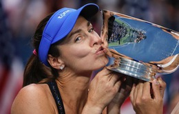Huyền thoại Martina Hingis tuyên bố giã từ banh nỉ lần thứ 3 trong sự nghiệp