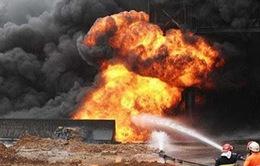 Nổ lớn tại cơ sở lọc dầu Nigeria, gần 20 người thương vong