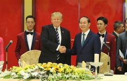 Chủ tịch nước chiêu đãi trọng thể Tổng thống Hoa Kỳ