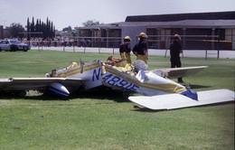 Máy bay rơi cạnh sân bay ở Mexico, 2 người chết