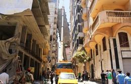 Ai Cập: Sơ tán tòa nhà 13 tầng bị đổ nghiêng