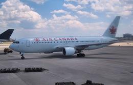 Canada ban hành luật bảo vệ hành khách đi máy bay