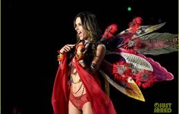 Alessandra Ambrosio xác nhận show 2017 là show cuối cùng với Victoria's Secret