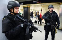 Mỹ tăng cường an ninh trên các tuyến tàu ở New York