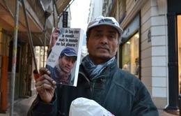 Ali Akbar - Người bán báo dạo cuối cùng ở Paris