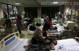 30 trẻ tử vong trong 2 ngày ngay tại viện, dư luận Ấn Độ phẫn nộ