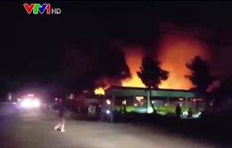Cháy xưởng sản xuất nệm ở An Giang