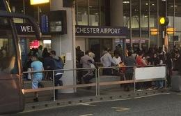Anh: Sơ tán sân bay Machester do phát hiện túi đồ khả nghi