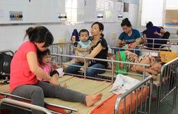 Trẻ dễ mắc bệnh tiêu hóa nào vào mùa nắng nóng?