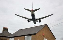 Tiếng ồn máy bay làm tăng nguy cơ cao huyết áp