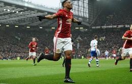 Phong độ càng cao, Martial càng khiến...Man Utd tốn tiền