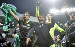 """HLV Conte tiết lộ """"bí kíp"""" giúp Chelsea vô địch Ngoại hạng Anh"""