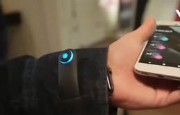 Commuter - Áo khoác có thể nghe nhạc, trả lời điện thoại