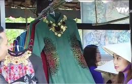 Nét đẹp văn hóa trong tà áo dài Việt tại Festival nghề truyền thống