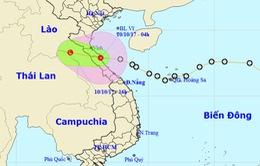 Áp thấp nhiệt đới đi vào đất liền Hà Tĩnh - Quảng Bình, cảnh báo lũ trên các sông