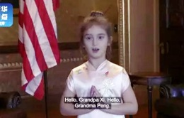 Cháu ngoại Tổng thống Mỹ Donald Trump hát và đọc thơ bằng tiếng Trung