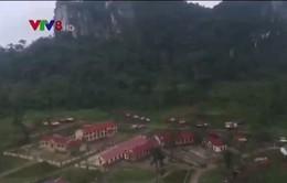Quảng Bình: Giải tỏa tâm lý muốn về hang sinh sống của đồng bào Arem sau bão
