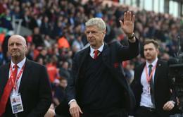 Sao Arsenal thừa nhận HLV Wenger sẽ lâm nguy nếu không lọt vào top 4
