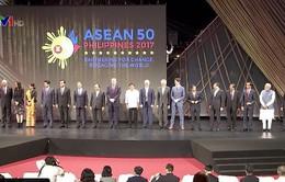Thủ tướng Nguyễn Xuân Phúc dự lễ khai mạc Hội nghị Cấp cao ASEAN 31