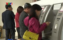 TP.HCM yêu cầu các ngân hàng dời ATM lấn vỉa hè