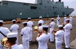 Tàu Hải quân Australia thăm Philippines