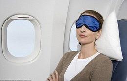 10 tư thế tốt nhất giúp bạn có giấc ngủ ngon trên máy bay