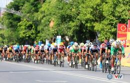 ẢNH: Những khoảnh khắc ấn tượng chặng 4 Giải xe đạp quốc tế VTV Cúp Tôn Hoa Sen 2017 - Đua vòng quanh Quảng trường Hồ Chí Minh