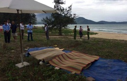 Rủ nhau tắm biển, 3 học sinh chết đuối thương tâm