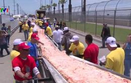 Chiếc pizza dài nhất thế giới