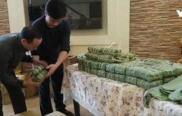 Cộng đồng người Việt tại Odessa gói bánh chưng đón năm mới