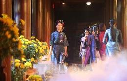 Festival Hoa Đà Lạt 2017: Đặc sắc đêm trình diễn tơ lụa Bảo Lộc