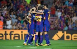 Đồng đội Messi thừa nhận chơi thân với C.Ronaldo