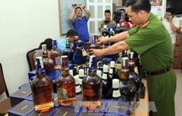 Hà Nội tạm giữ 3.800 lít rượu không rõ nguồn gốc