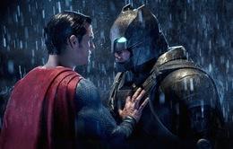 """Mâm xôi vàng 2017: Batman v Superman """"bội thu"""" nhưng thoát giải lớn nhất"""