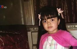 Mỹ: Bé gái bị bệnh rụng tóc xin tóc giả cho năm học mới