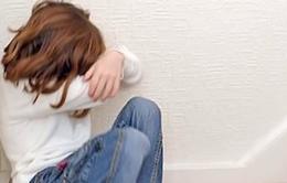 Bé gái 2 tuổi trở thành người làm chứng nhỏ tuổi nhất thế giới chống lại kẻ xâm hại mình