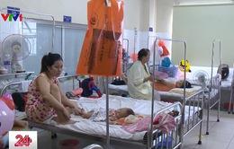 TT-Huế: Trẻ em nhập viện tăng đột biến do thời tiết thất thường