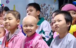 Viết tiếp ước mơ cho bệnh nhi ung thư