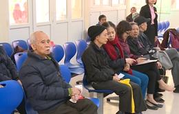 Người bệnh phàn nàn, Bệnh viện Xanh Pôn triển khai khám sớm từ 7h
