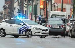 Cảnh sát Bỉ truy đuổi xe hơi tình nghi chứa bom