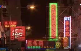 Bảng hiệu neon tại Hong Kong (Trung Quốc) dần biến mất