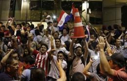 Biểu tình biến thành bạo loạn tại Paraguay