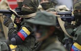 Venezuela bắt các đối tượng tấn công căn cứ quân đội