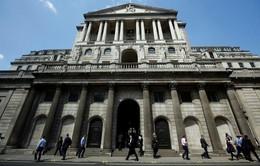 BOE nâng yêu cầu về vốn đối với các ngân hàng Anh