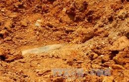 Thanh Hóa: Phát hiện quả bom dài hơn 1 m tại phường Hàm Rồng