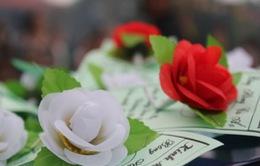 Ý nghĩa của bông hồng cài áo dịp lễ Vu Lan