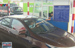 Cần Thơ không xử lý tài xế dùng tiền lẻ trả tiền qua trạm thu phí