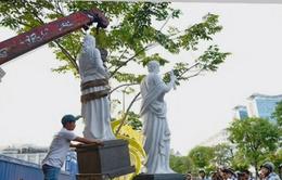 Dời 5 bức tượng lấn chiếm vỉa hè tại TP.HCM