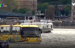 Khám phá xe bus lội nước tại Budapest, Hungary